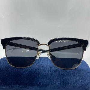 Brand New 100% Authentic Gucci sunglass GG0382S Bk